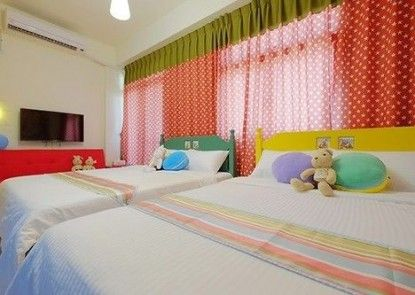 Colorful Homestay