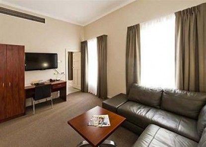Comfort Inn Wentworth Plaza Teras