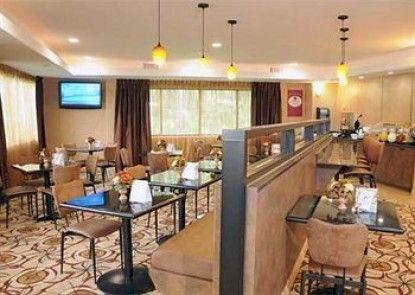 Comfort Suites Kings Bay Naval Base Area Teras