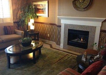 Comfort Suites Stevenson Ranch Teras