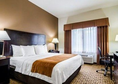 Comfort Inn And Suites Lawrence