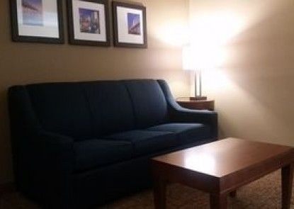 Comfort Suites Baymeadows Near Butler Blvd