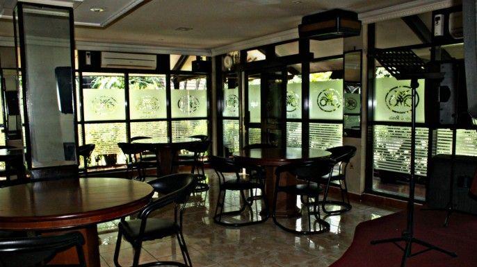 C One Hotel Pulomas, Central Jakarta