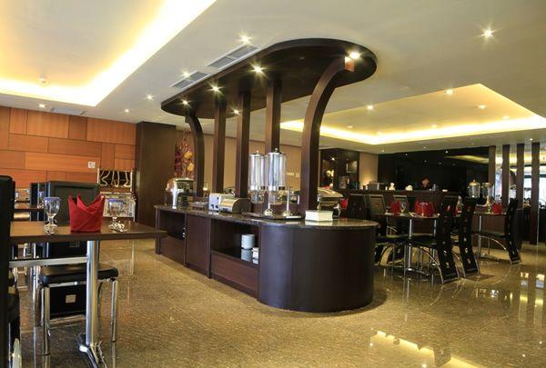 Continent Centrepoint Hotel, Makassar