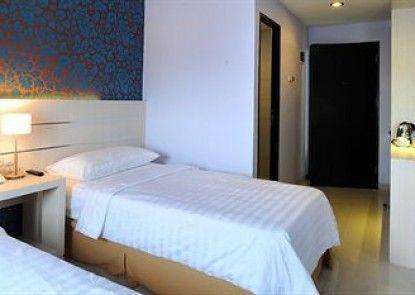 Cordela Hotel Medan Kamar Tamu