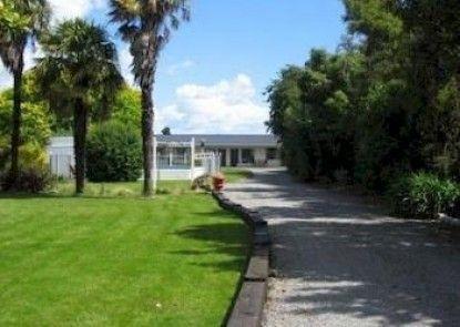 Cornwall Park Motel