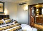 Pesan Kamar Suite, 1 Tempat Tidur King, Area Halaman di Country Club Tasmania