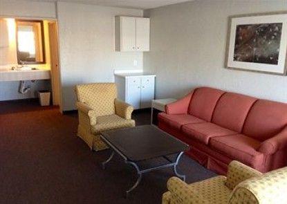 Country Hearth Inn & Suites Paducah