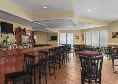 Country Inn & Suites By Carlson - Atlanta Airport South