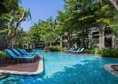 Courtyard by Marriott Bali Nusa Dua Resort Kolam Renang