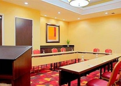 Courtyard by Marriott Miami Downtown Teras