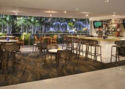 Courtyard by Marriott Waikiki Beach Teras