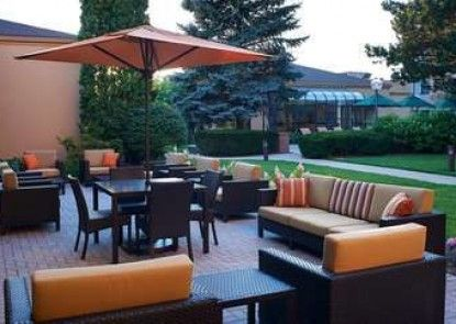 Courtyard Chicago Arlington Heights/North