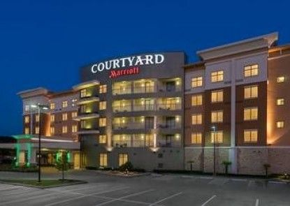 Courtyard Houston Kingwood
