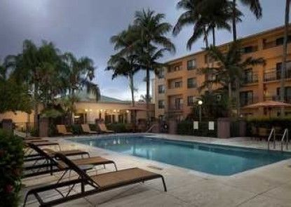 Courtyard Miami Lakes by Marriott