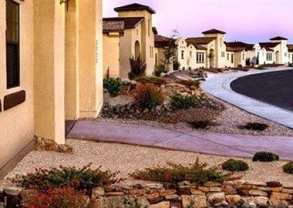 Courtyard Villas