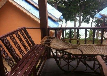 Cozy Cove Resort
