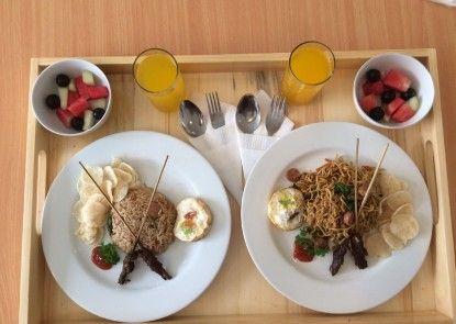 Cozy Stay Hotel Soputan Bali Makanan