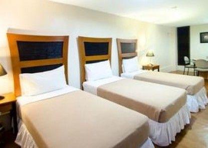 Creekside Makati Hotel