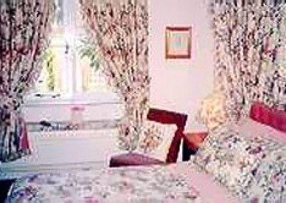 Cross Keys Cottage - Guest house Teras
