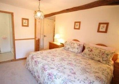 Cross Keys Cottage - Guest house