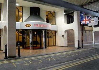 Crowne Plaza Chester Teras
