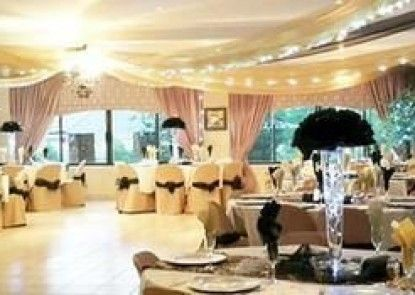 Crystal Rose Lodge