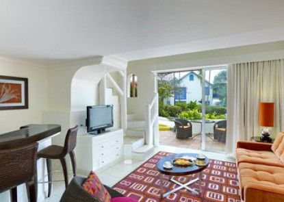 Crystal Cove by Elegant Hotels All Inclusive Resort