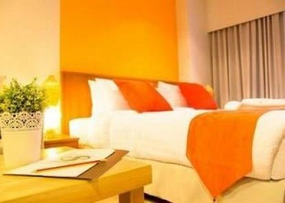 Crystal Jade Hotel