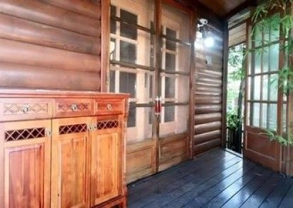 Cypress Forest Guesthouse