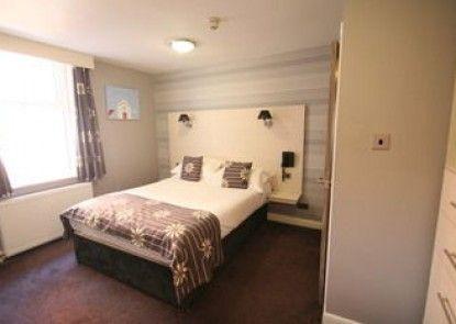Dalmeny Resort Hotel