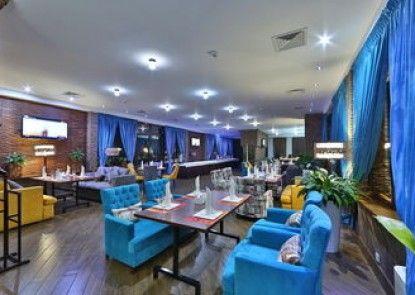 Damas International Hotel