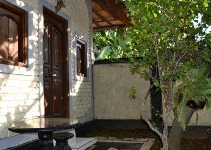 Dana Guesthouse Bali Teras