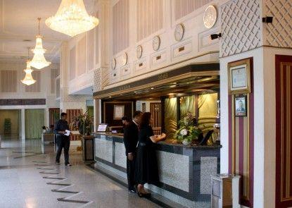 Danau Toba International Hotel Lobby