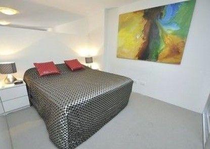 Darlinghurst 17 Oxf Furnished Apartment