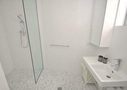 Darlinghurst 305 Pel Furnished Apartment