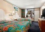 Pesan Kamar Kamar Double, 2 Tempat Tidur Double, Akses Difabel di Days Inn and Suites Davenport