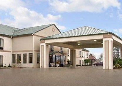 Days Inn Denham Springs-Baton Rouge East Teras