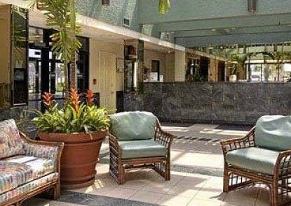 Days Inn Panama City Beach Teras