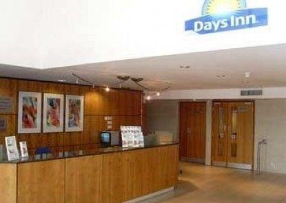 Days Inn Peterborough Teras