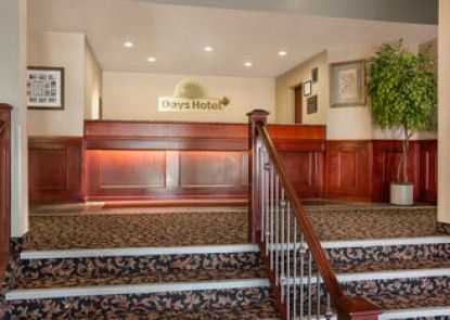 Days Hotel And Suites Grande Cache