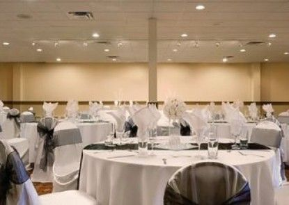 Days Hotel And Suites - Lloydminster