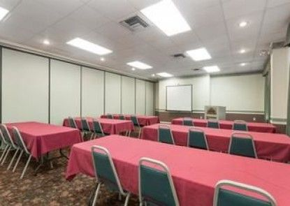 Days Inn And Suites Port Richey