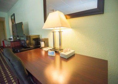 Days Inn Fort Wright Cincinnati Area