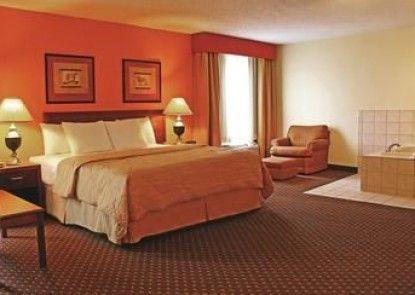 Days Inn & Suites Bloomington/Normal IL