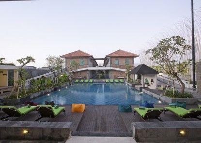 Maison At C Boutique Hotel & Spa Seminyak Kolam Renang