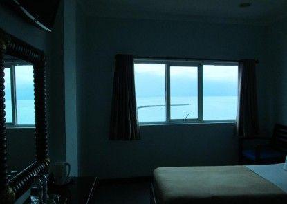 d Bugis Ocean Hotel Kamar Tamu
