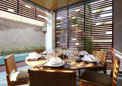 The Lokha Umalas Villas & Spa Ruang Makan