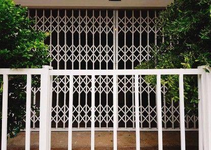 Deco Momo House