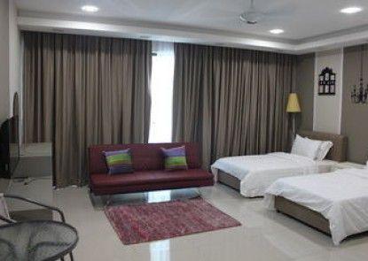 De Houz - Trefoil Setia Alam Home Stay